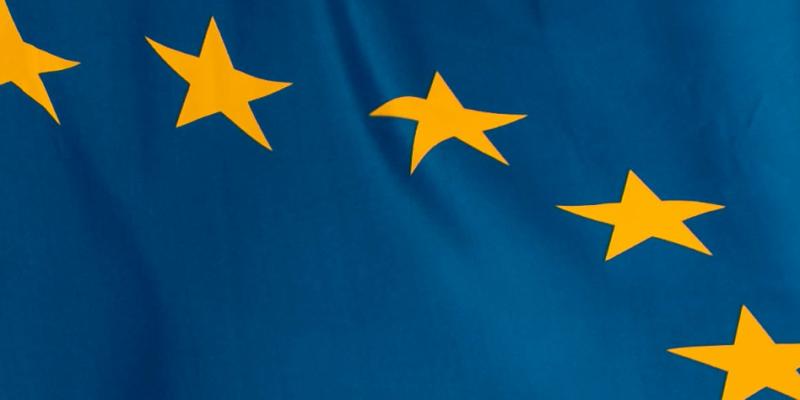 alas de papel en parlamento europeo